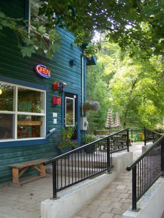 Frog Peak Cafe & Guesthouse in Slocan Valley, BC